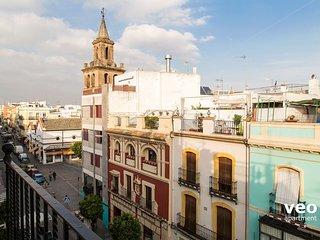 Guadiana Terrace   Top-floor apartment, city views