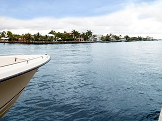 spectacular intercoastal home moments from ocean, Fort Lauderdale
