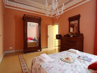 Villino Simona - three-storey house just 300m from the beach