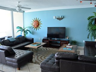 Oct Slashed Price Holy Guacamole-Walls Glass Views, Gulf Shores