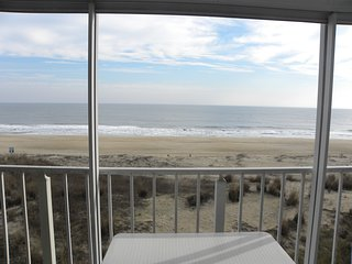 Direct Ocean Front 3 Bedroom 2 Bath Midtown with Pool