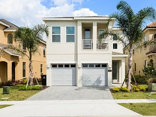 "Villa W237 ""Contemporary Villa Sleeps 12"", Kissimmee"