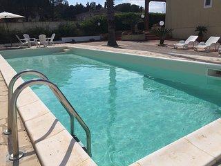 Villa ad Avola antica con piscina