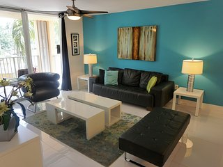 208 Three bedroom ,Sep/Oct special offer $189 nite, Aventura