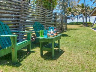 Serenity Beachfront Cottage, Kailua