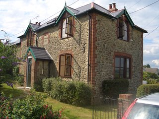 Dorset Cottage near coast (Puncknowle, Dorchester)