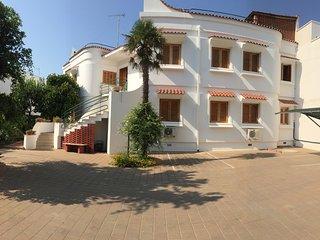 wonderful house on the beach porto cesareo salento, Porto Cesareo