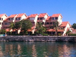 Condo by the Sea at Puerto Aventuras, Quintana Roo