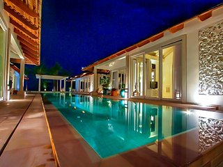 Maenam 3066 - Luxury Beachfront With Chef Service, Bophut