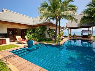 Maenam 2082 - Luxury Beachfront With Chef Service, Mae Nam