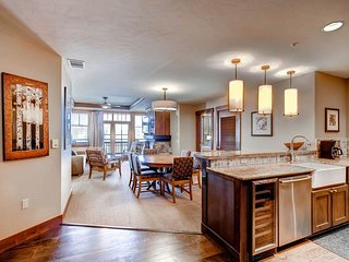 One Ski Hill Place 8206 - Ski-In/Ski-Out, Breckenridge