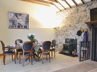 Luxury self catering cottage, suitable for familys and business guests alike