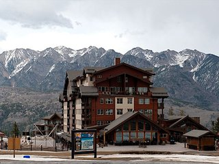 Premier Building at Purgatory - Ski in/Ski Out - Free Night Offer, Durango