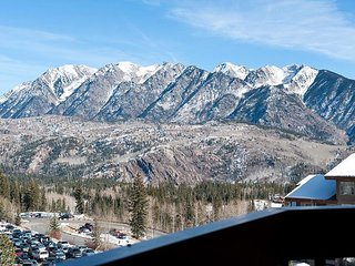 Luxury Condo - Steps to Lifts - Awesome Views - Free Night Offer, Durango