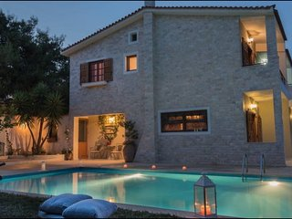 Villa Corina near Athens airport