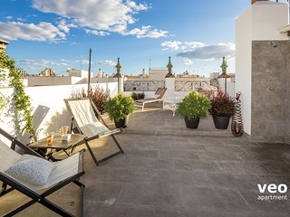 Rodrigo Triana 2 | 1-bedroom, shared terrace