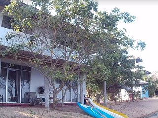 Dinuda KiteSurfing Resort Full Board lagoon Side, Kalpitiya
