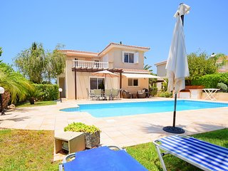 Beautiful Luxury Family Villa In Coral Bay, Pafos