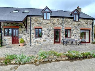 Clover Cottage (WAV579), Fishguard