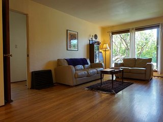 Austin Street Bungalow – Comfortable and Convenient, Arcata