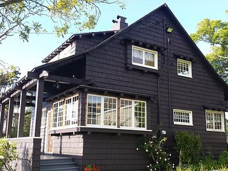 Campton House is a Handsome, 3 Bdrm Historic Home in Old Town Eureka