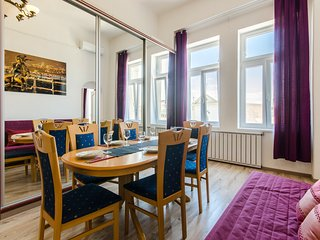 Central Apartment With Amazing View+Balcony /Fer2/, Budapest