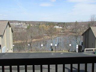 Beautiful View, McHenry