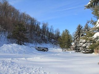 Ski In/Ski Out with Lake Access, McHenry
