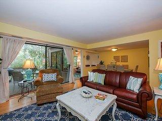 1403 South Beach Villas - just steps to the beach!, Hilton Head