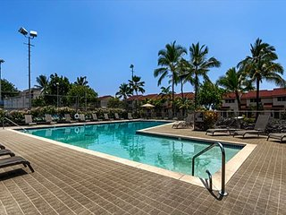 KKSR#4 DIRECT OCEANFRONT TOWNHOME!  Walk to the Beach! Remodeled!, Kailua-Kona