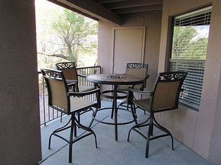 2 Bedroom 2 Bath First Floor with Mountain Views-Extended Patio-easy access
