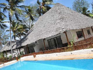 Villa Jiwe, Kiwengwa