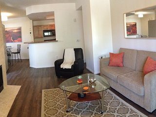 New - Beautiful Resort Style Condo in Ahwatukee, Phoenix