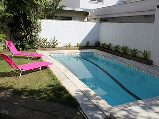 Pool Party Hostel Room Açaí (bed 3)