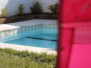 Pool Party Hostel Room Grape (bed 1)