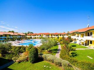 ****Villaggio turistico DUCALE con piscina****, Bibione