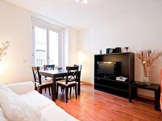 Huertas II apartment in Huertas with airconditioning, balkon & lift., Madrid
