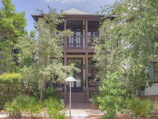 Bluebird Cottage - Gorgeous 4 Bedroom symbol of happiness in Rosemary Beach!!