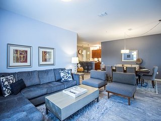 Vacation in luxury in this beautifully decorated 3BD/2BA condo!