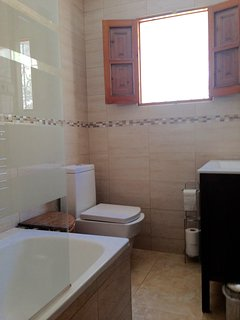 Newly Renovated Bathroom