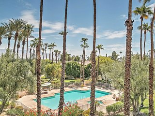3BR Palm Desert Condo w/Community Pool & BBQ