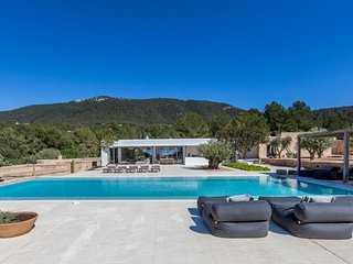 6 bedroom Villa in Cala Vadella, Balearic Islands, Spain - 5047388