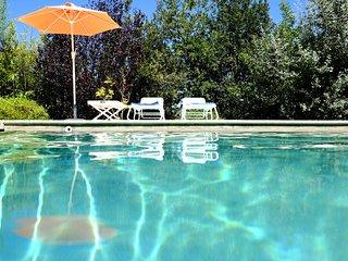 La Jaume Gorgeous 4 Bedroom Villa with Heated Pool