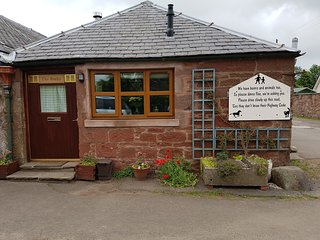Home from Home. The Cosy Bothy, Kirriemuir