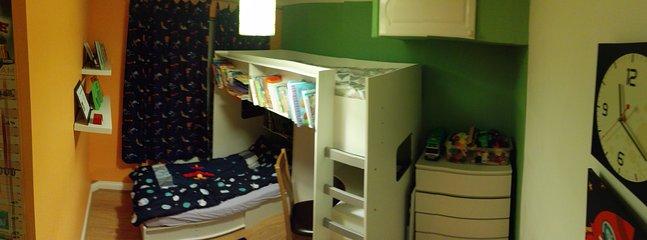 Children's room - sleeps 2