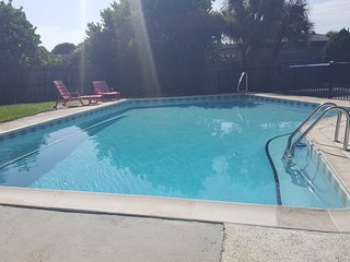3 Bedroom Daytona Beach Oceanside Rental with Pool