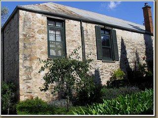 Olde Devonshire House