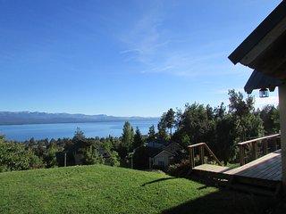 Casa muy calida y luminosa ,vistas unicas del lago, San Carlos de Bariloche