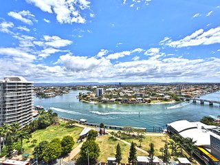 2 bed level 11 Ocean views Heart of Surfers, Surfers Paradise