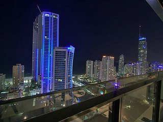 1 bed level 30 Ocean views Surfers Paradise